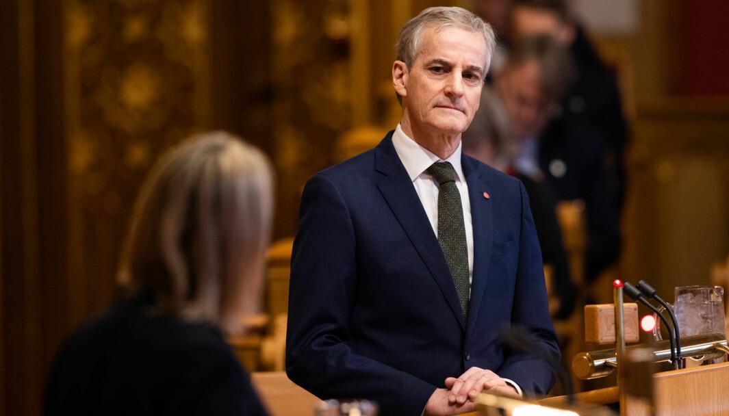 FREDER PAKKENE: Ap-leder Jonas Gahr Støre vil ikke kutte i bypakkene for å fikse fylkesveier.