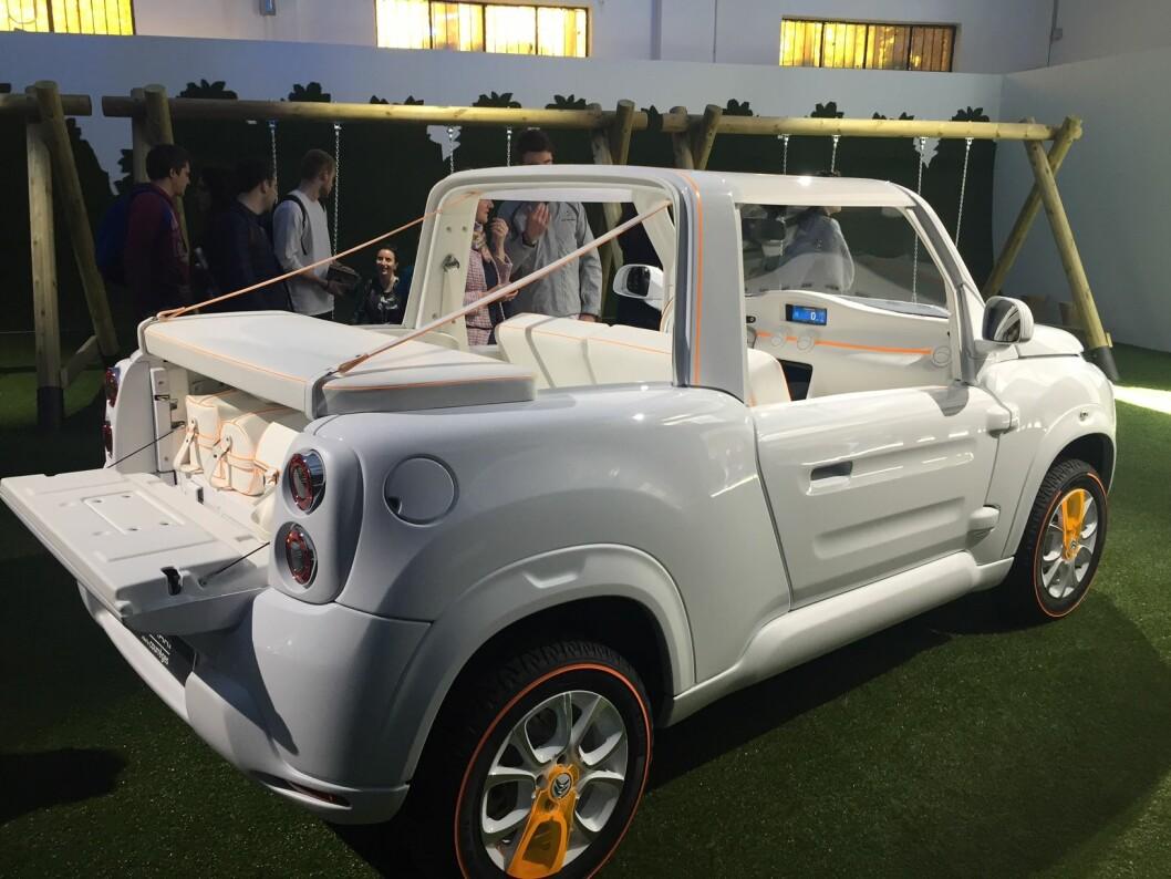 IKKE TIL NORGE: Citroëns nye, kule elbil E-Mehari ville blitt billig i Norge, men vil aldri komme hit, ifølge den norske importøren. Foto: Therese Gjerde