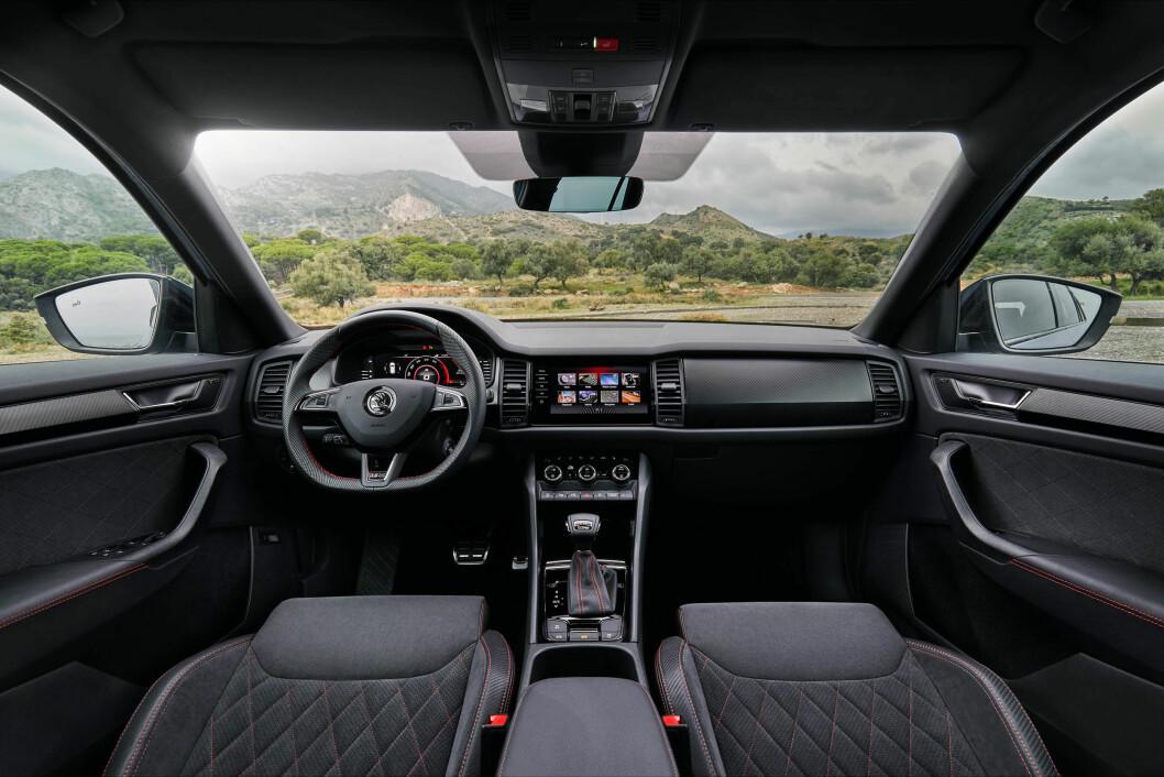STØRST: SUV-en Kodiaq RS har et sportslig interiør med mye boltringsplass.