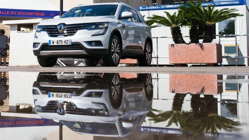 SNUDD PÅ HODET: Renault skal de neste dagene vurdere forslaget om å fusjonere med Fiat-Chrysler. Blant annet må de avklare forholdet sine nåværende partnere, Nissan og Mitsubishi. Foto: Renault