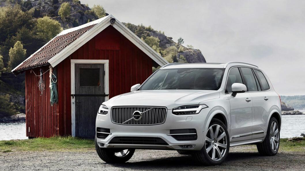 FÅR EN STOREBROR: XC90 er kanskje røslig nok, men Volvo planlegger en enda større SUV-variant. Foto: Volvo Car