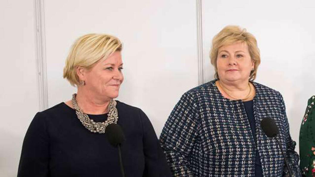 TAR STYRINGEN: Statsminister Erna Solberg (t.h.) har fått utsatt behandlingen av to bompengesaker i Stortinget til etter at hennes finansminister Siv Jensen har avholdt ekstraordinært landsstyremøte i Frp. Foto: Terje Bendiksby, NTB/scanpix