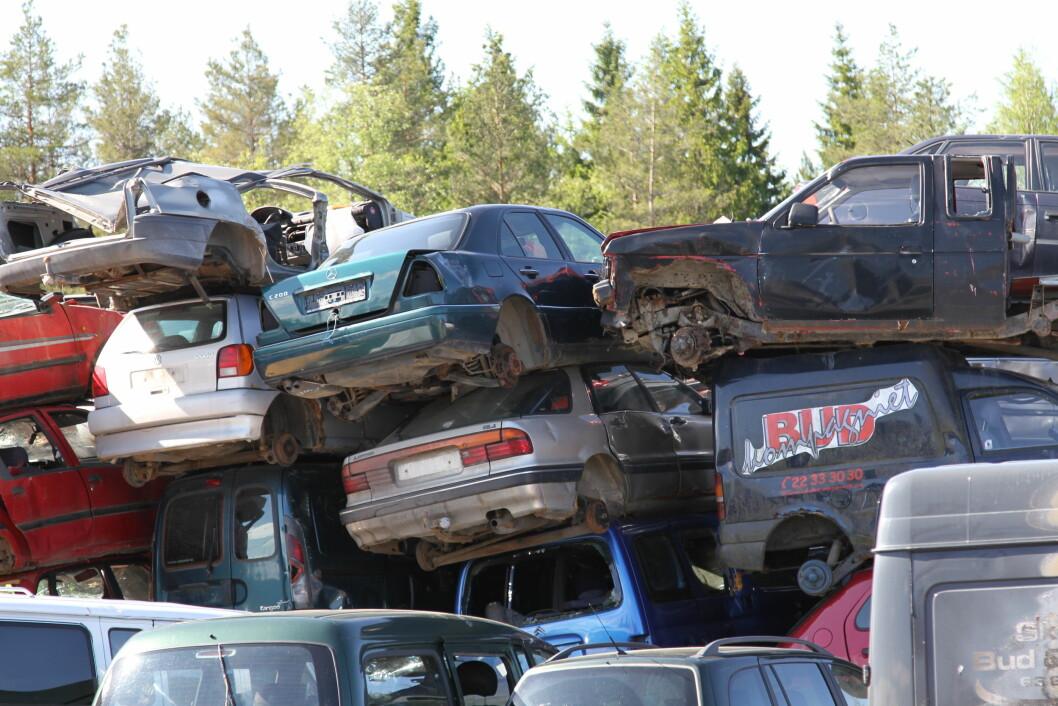 STOR FORSKJELL: Skoda lever kortest og Volvo lengst før de går i vrakpressa. Forskjellen i levealder er på sju år. Foto: Rune Korsvoll
