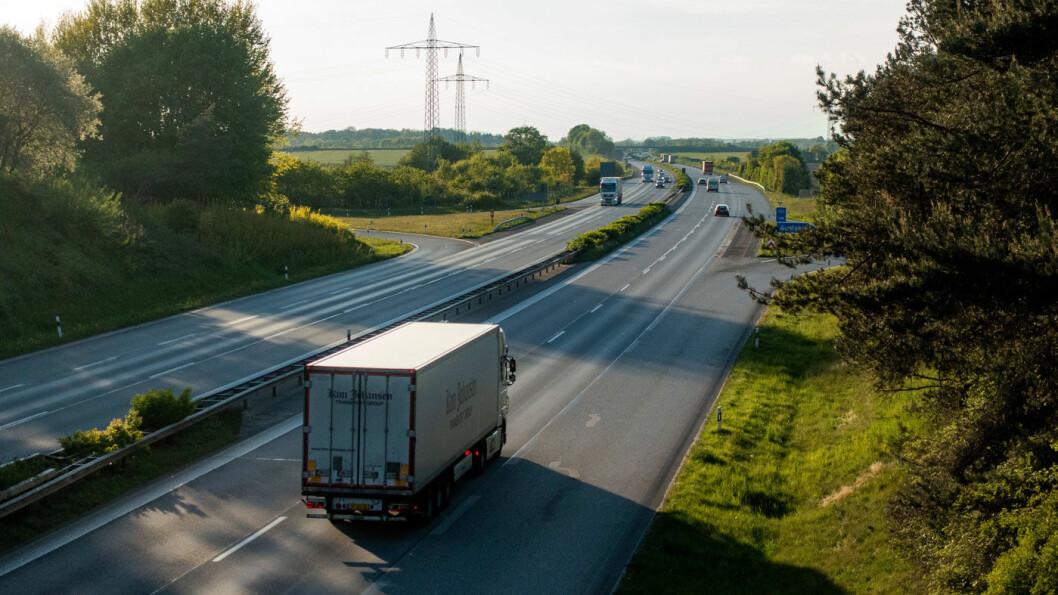 AUTOBAHN FOR ALLE: EU-domstolen setter foten ned for tyske planer om en motorveiavgift som i praksis bare vil gjelde ikke-tyske bilister. Foto: Peter Raaum