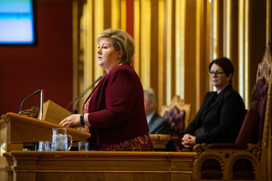 PAKKEPINE: Byvekstavtalene volder hodebry for statsminister Erna Solberg. Foto: Stortinget