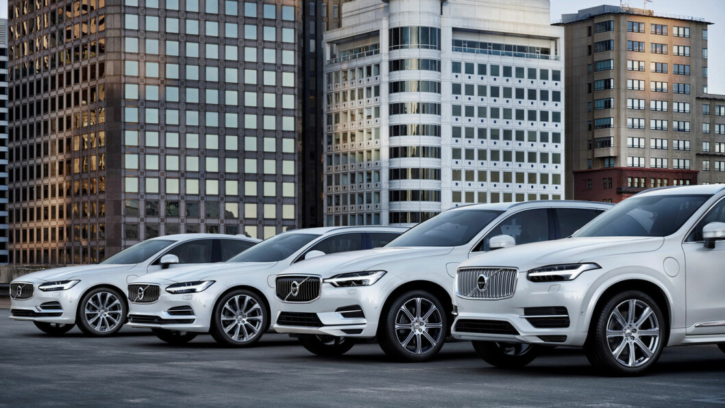 HVA SKJER? Ladehybrider generelt faller i salg, men Volvo – med denne serien av T8-modeller (fra venstre S90, V90, XC60 og XC90) – har en tredobling i plug-in-salget fra 2017. Foto: Volvo Car