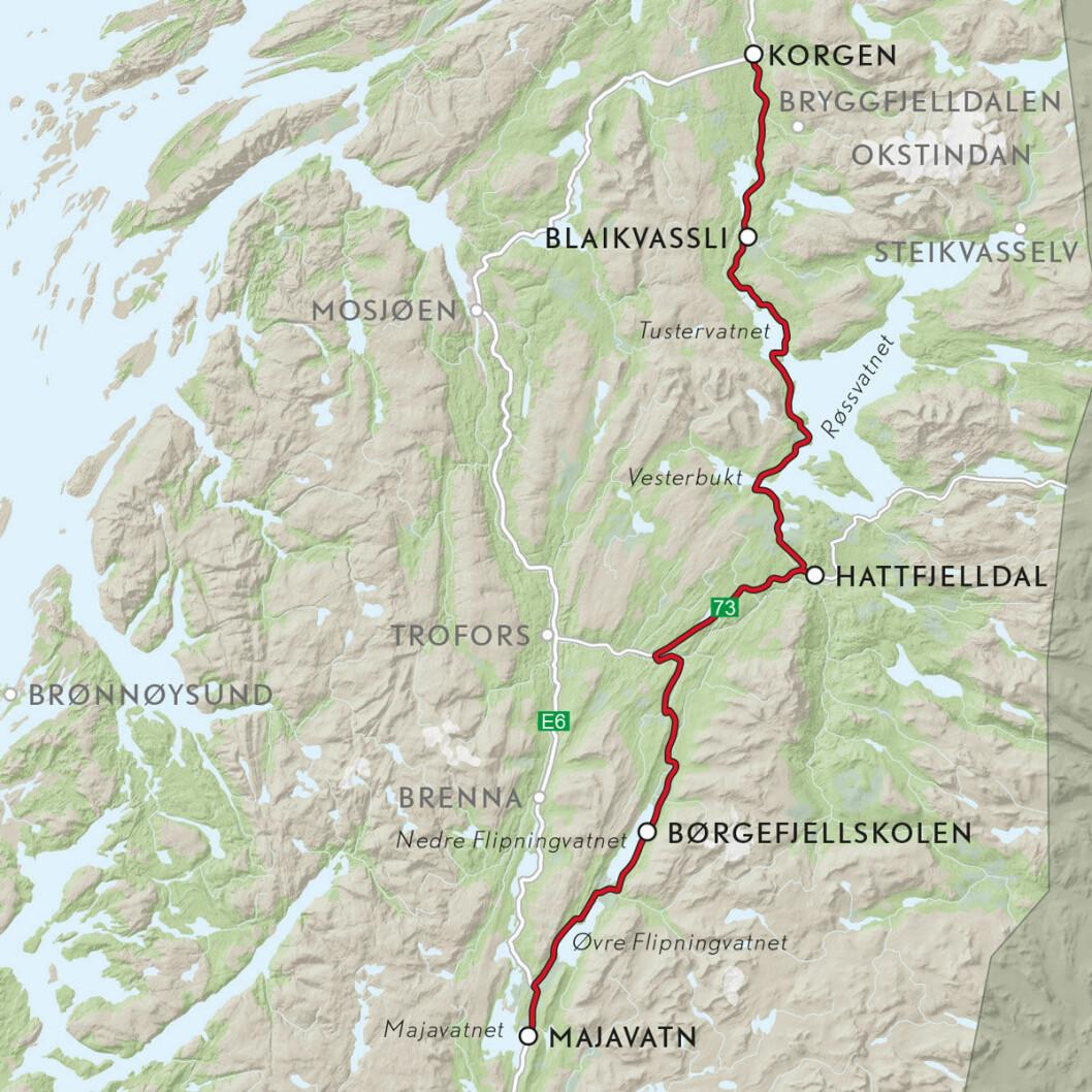 VEIFAKTA: Denne ruta følger FV274 fra Bjortjønna ved E6 i Grane, og så FV273 fra Leiren til Kløvimo. Derfra følges RV73 til FV291 i Hattfjelldal og videre til Bleikavasslia i Hemnes, og videre på FV806 frem til Korgen og E6. Strekningen er ca. 130 km og kjøretiden er 2 timer og 30 minutter, ifølge NAF Ruteplanlegger.