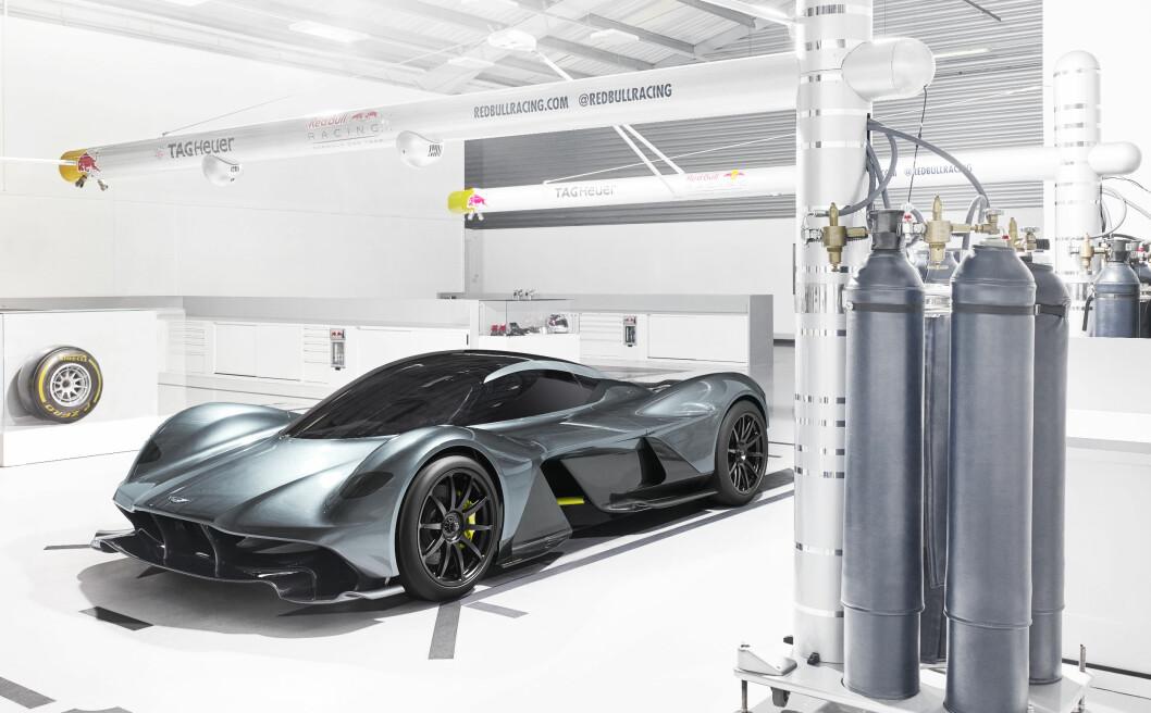 FORMEL 1 TEKNIKK: Aston Martin og Red Bulls Formel 1-team samarbeider om utviklingen av denne nye superbilen. Foto: Aston Martin