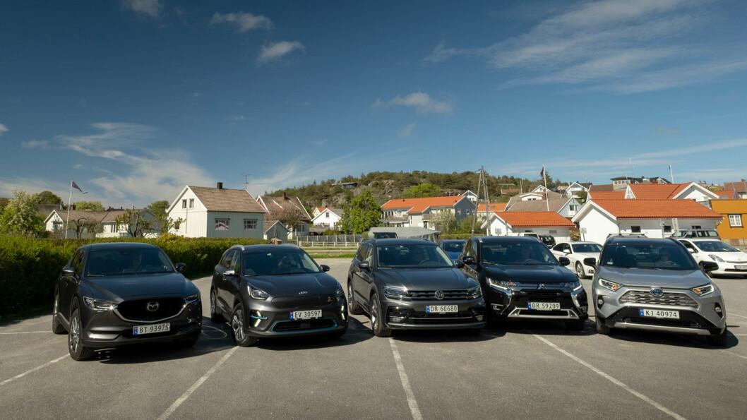 HVEM SKAL DU VELGE? Ingen tvil om at elbilen kommer billigst ut i vår pristest av fem SUV'er, men ventetiden på bilen er lenger enn lang. Foto: Jon Terje Hellgren Hansen