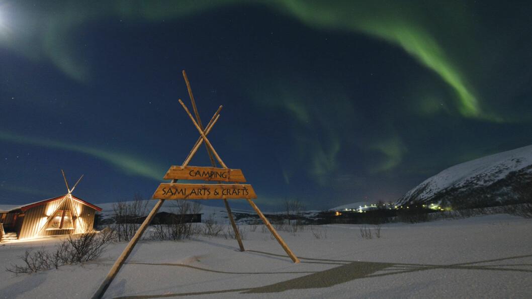 AURORA POLARIS: Stadig flere turister drar til Finnmark midtvinters for å oppleve nordlyset. Foto: Kirsti Krogh