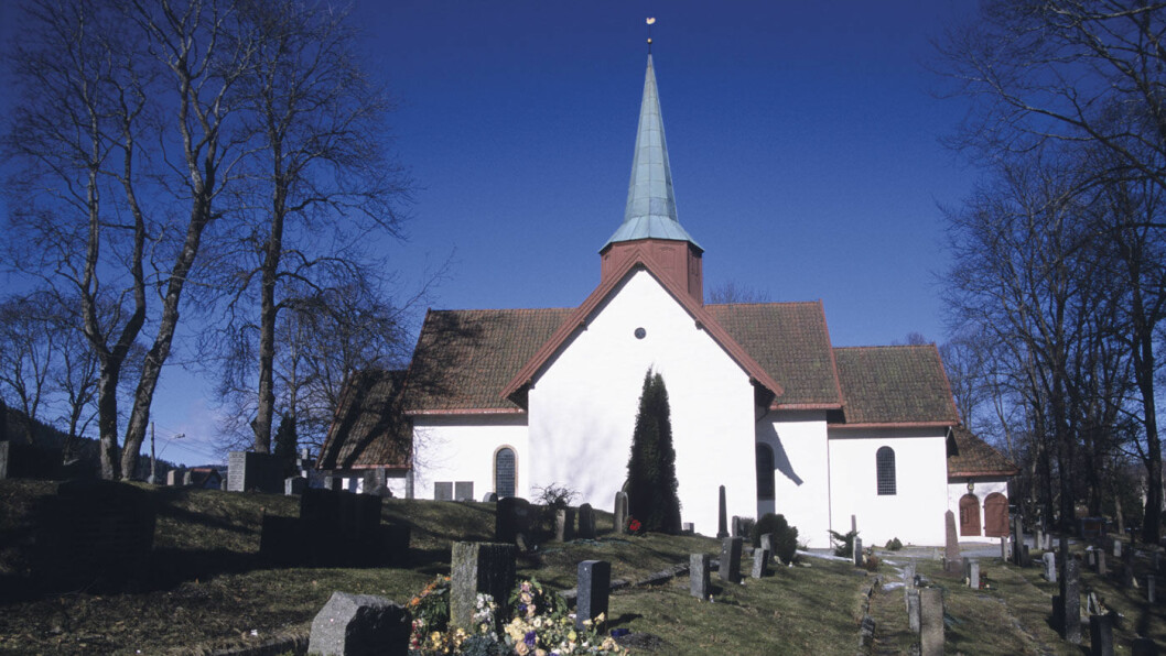 HISTORIE: Haslum kirke er en av Bærums to middelalderkirker. Foto: Per Roger Lauritzen