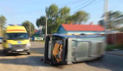 Høy fart, mobilbruk og fylla får skylda for flere drepte