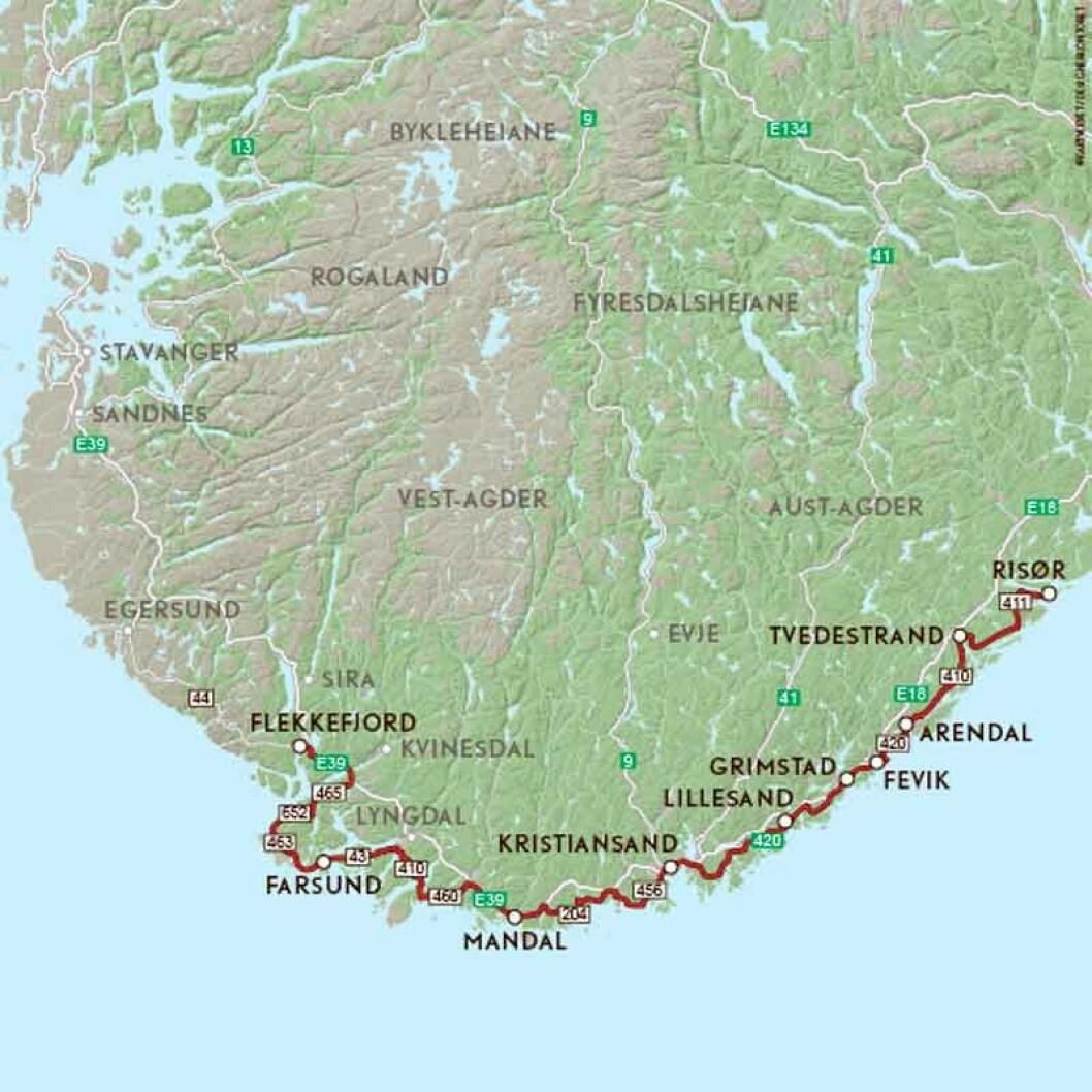 VEIFAKTA: Denne ruta følger en lang rekke mindre fylkesveier ytterst mot kysten mellom Risør og Flekkefjord i Aust og Vest-Agder. Strekningen uten avstikkere er ca. 400 km og netto kjøretid er ca. 8 timer og 20 minutter ifølge NAF Ruteplanlegger.