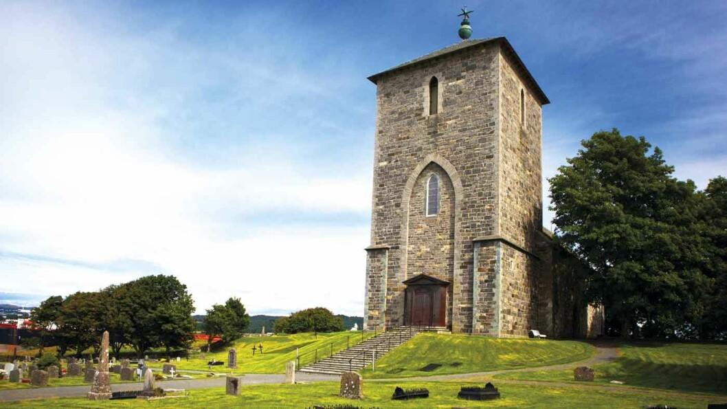 KONGSSETET AVALDSNES: Olavskirken på Avaldsnes ble bygget i 1250. Foto: Scott Sporleder Fjord Norway