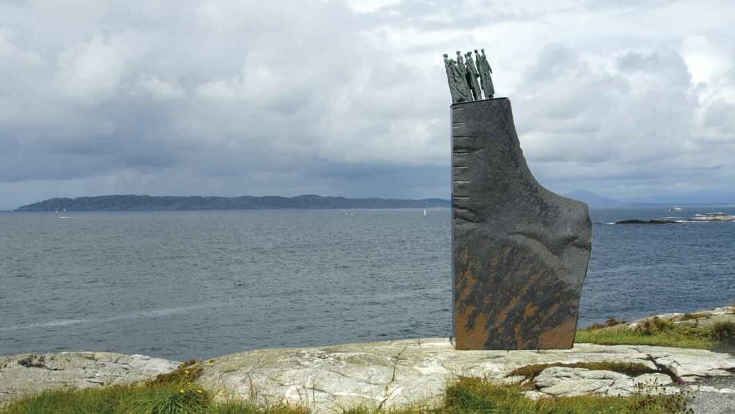 MINNESMERKET: Sleipner-monumentet ved Ryvarden fyr. Foto: Per Roger Lauritzen