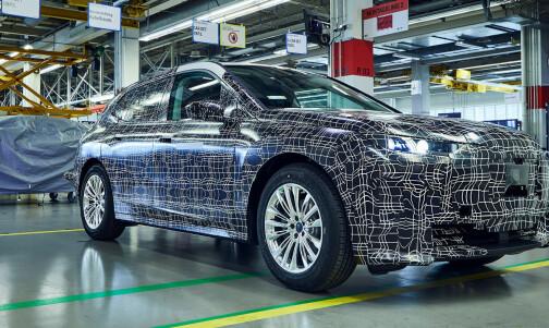BMWs elbil-flaggskip skal gå 600 km