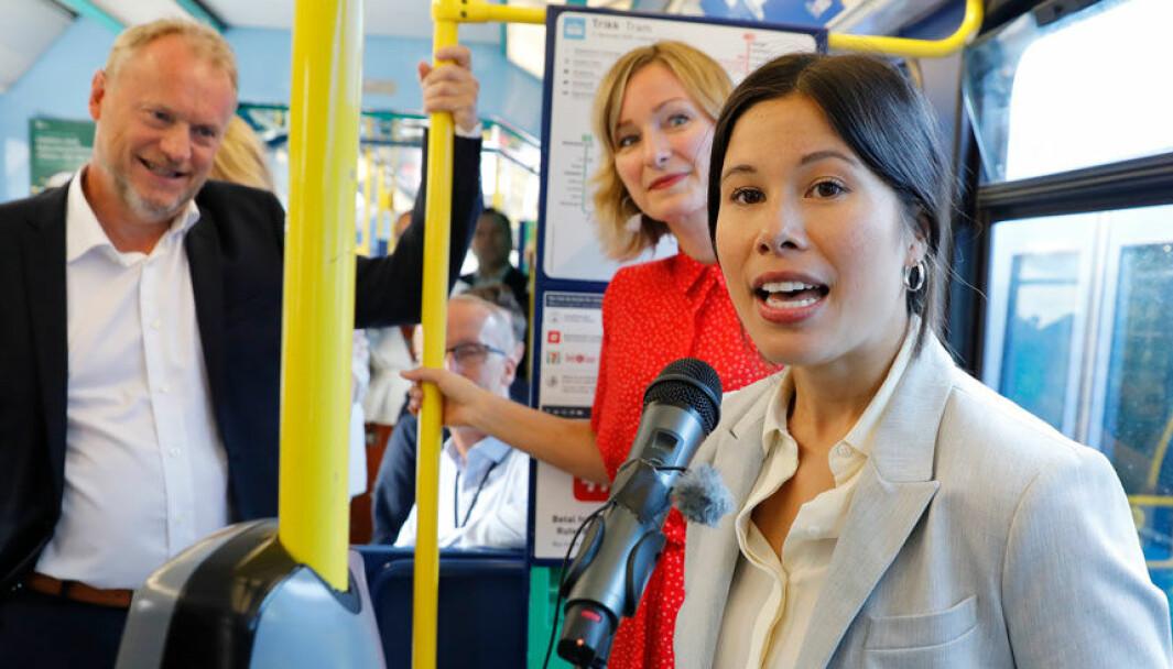 EL-FORDEL: Lan Marie Berg (foran) og MDG fikk gjennomslag for at det kun var elbiler som skulle få subsidiert bompenger i den foreslåtte byvekstavtalen i Oslo.