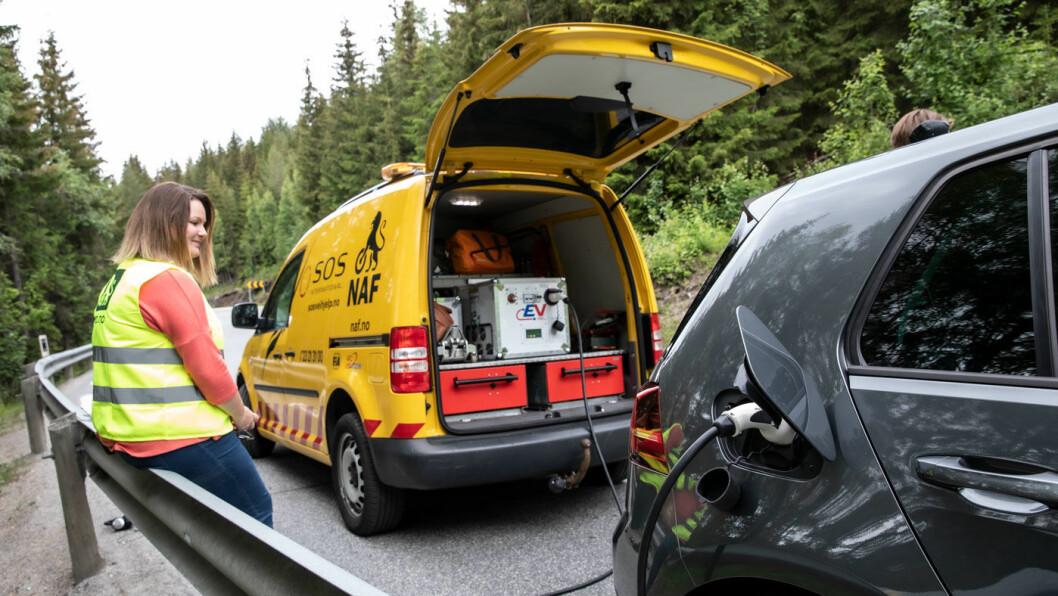 FØRSTE STOPP: VW e-Golf stoppet først i vår test