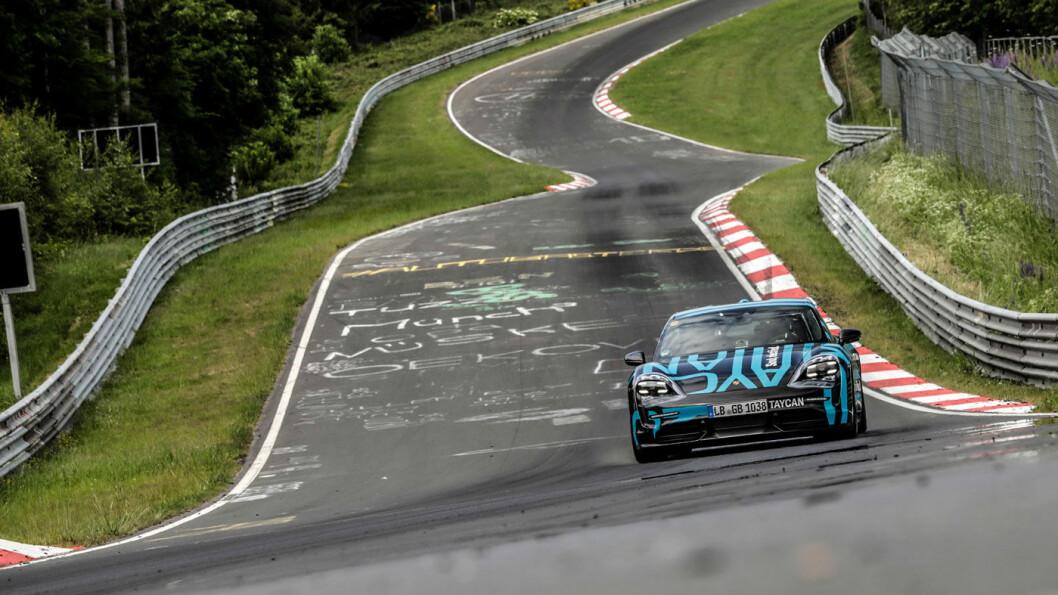 FORTEST: På vei mot rekord på nordsløyfa på Nürburgring.