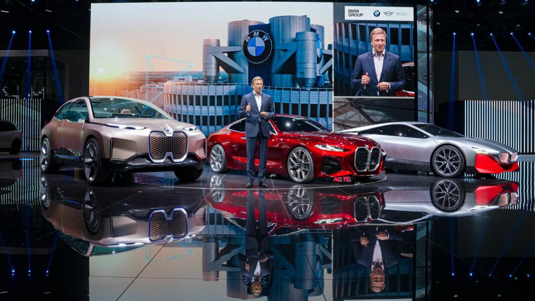 LANSERING: BMW-sjef Oliver Zipse under selskapets pressekonferanse tirsdag