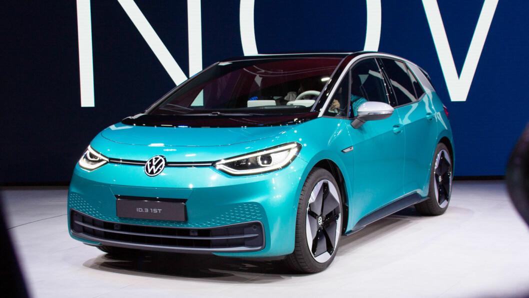 DATA-TRØBBEL: Volkswagen må gjøre en manuell programvareoppdatering på de 10.000 første produksjonseksemplarene av ID.3, i følge et tysk nyhetsmagasin.