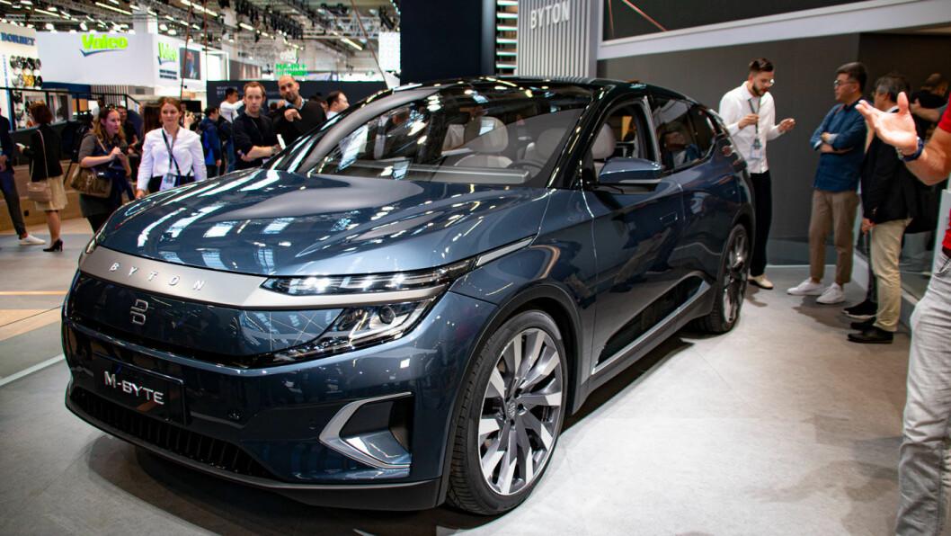 KINESISK PÅ TYSK: Premium-SUV'en Byton M-Byte kommer med innstegspris under 500.000 kroner.