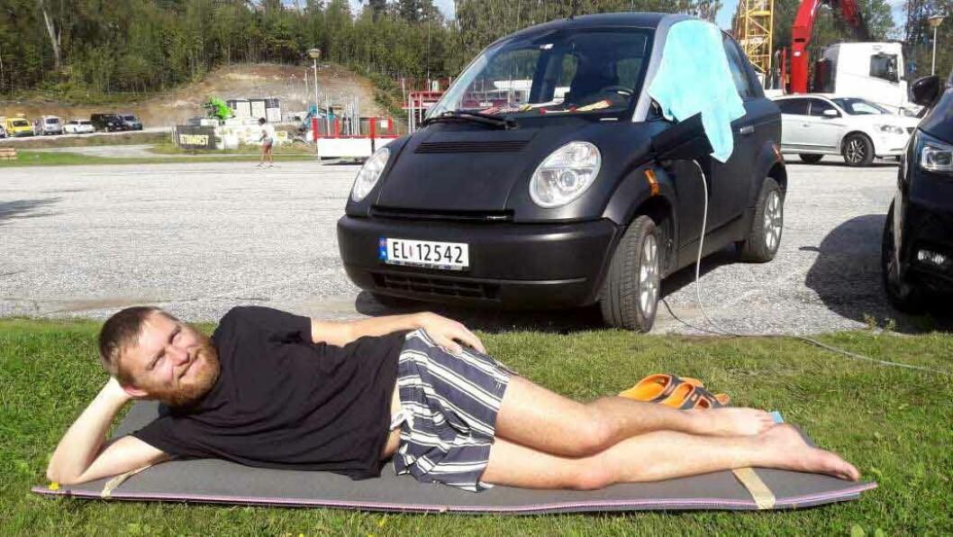 FERIETUR: 20 dager tok turen fra Åndalsnes til Kiev - en tur som normalt ville tatt 50 timer.