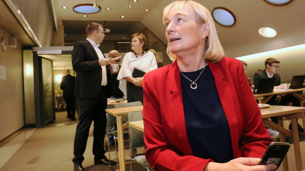 VIL HA BEDRE SVAR: Kirsti Leirtrø (Ap) mener regjeringen mangler utredningsgrunnlag og faglige analyser i arbeidet med bompengereformen. Foto: Bernt Sønvisen