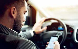 Frikjent bilfører dømt for mobilbruk