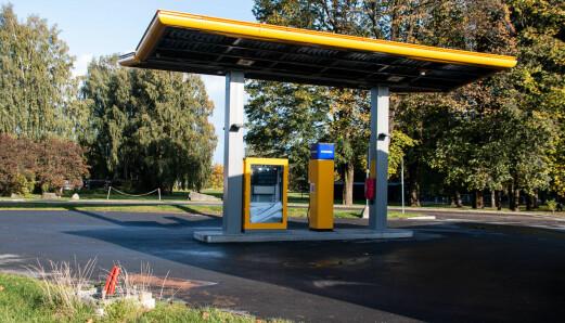 Uno-X lover ingen ting om hydrogen-stasjonene