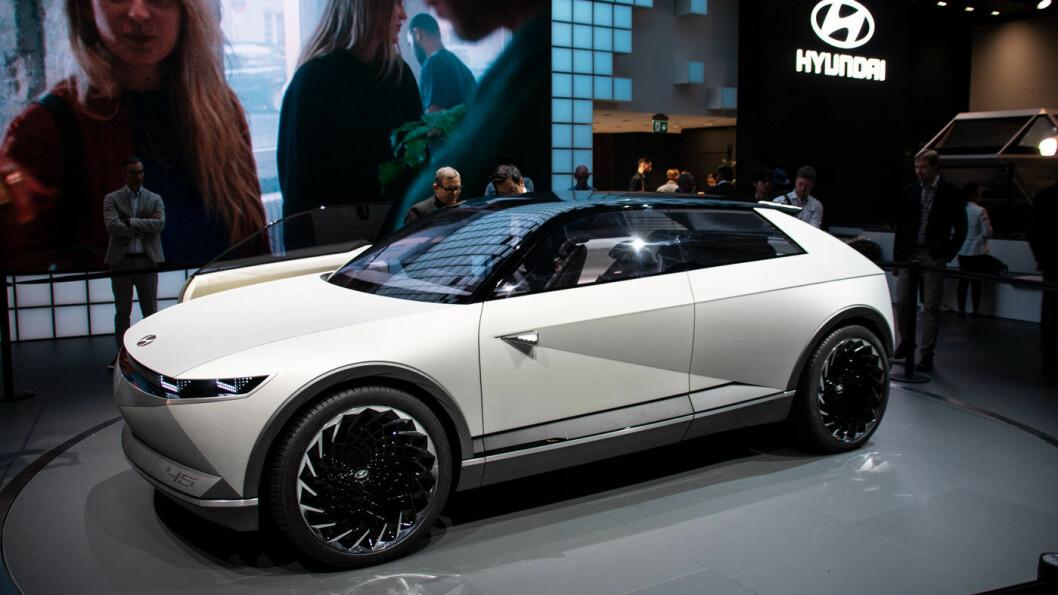 SATSER: Hyundai skal investere gigantiske summer i moderne mobilitetsteknologi de neste årene, med 45-konseptet, inspirert av den legendariske Pony-modellen, som en av de konkrete bilmodellene. Foto: Peter Raaum