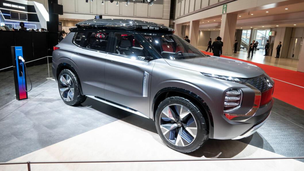 REPRISE: Mitsubishi hadde sin kommende Engelberg på plass, uten nye opplysninger om lansering.