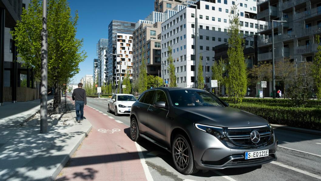 SLITER: Uansett hva årsaken er, er det overraskende få eksemplarer av den elektriske Mercedes-SUV-en som er blitt registrert i Tyskland siden lanseringen i fjor vår. Foto: Jon Terje Hellgren Hansen