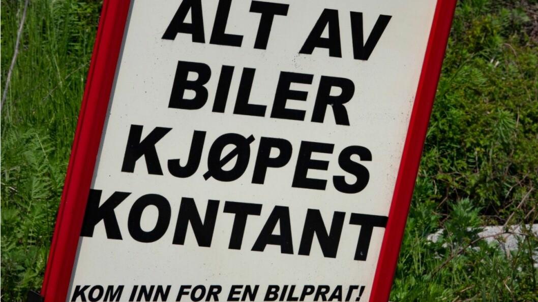 KONTANT: Bruktbilselgeren kjøpte og solgte bruktbilene kontant. Nå er han dømt. Foto: Geir Olsen