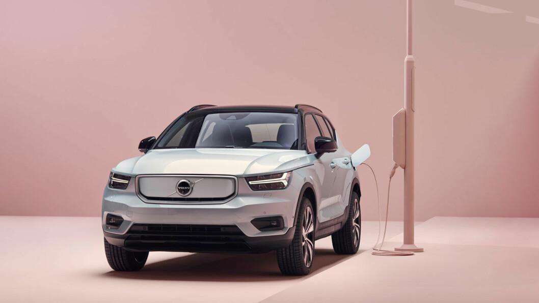 DYR STOLTHET: Volvos nye elbil, Volvo XC40 Recharge, koster nærmere 200.000 kroner mer i Sverige enn i Norge.