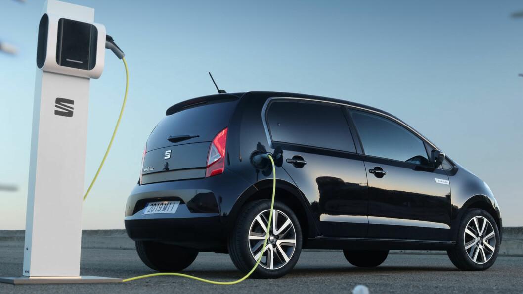 MII FOR FRII: Om ikke akkurat gratis, så er under 2000 kroner i måneden en rimelig måte å kjøre lille elektriske Seat Mii på.
