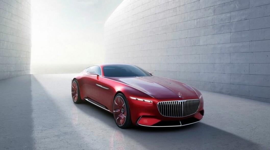 SPISER BYBILER: Vision Mercedes-Maybach 6 Coupe er nesten seks meter lang og har den største grillen vi har sett på lenge. Foto: Produsenten