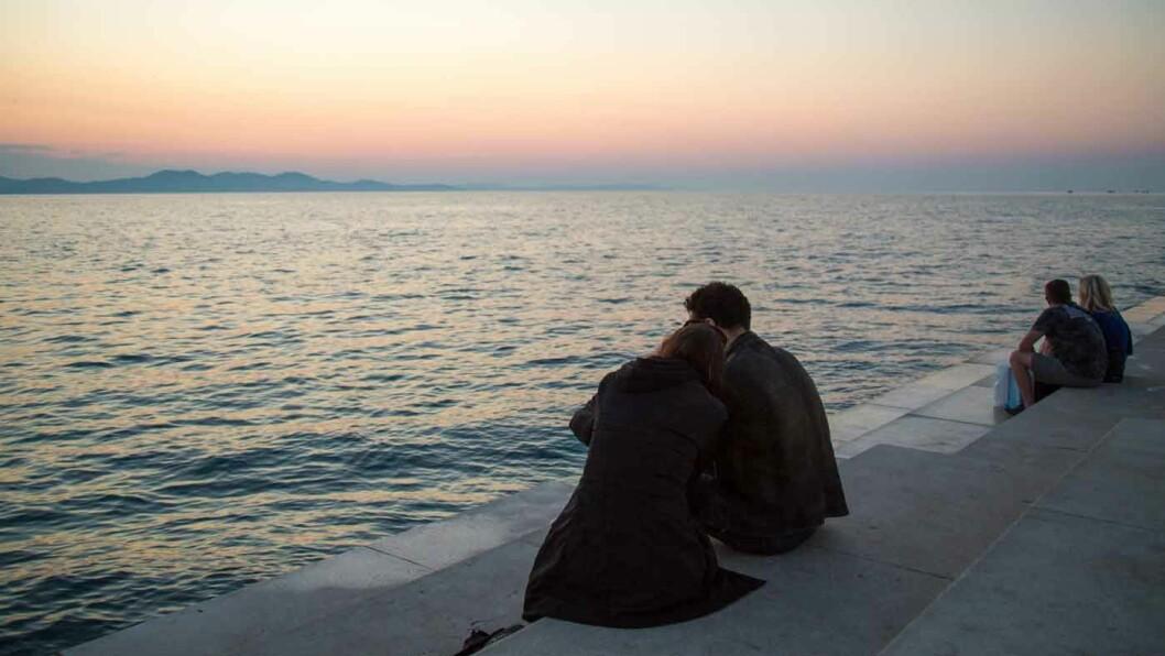 EUROPAS FLOTTESTE: I 2016 kåret organisasjonen «Europe ́s best destinations» byen Zadar til det beste feriestedet i Europa. Under krigen på Balkan ble byen bombet, men i stedet for å bygge opp igjen husene langs sjøen ble det laget en flott strandpromenade. Foto: Siv-Elin Nærø