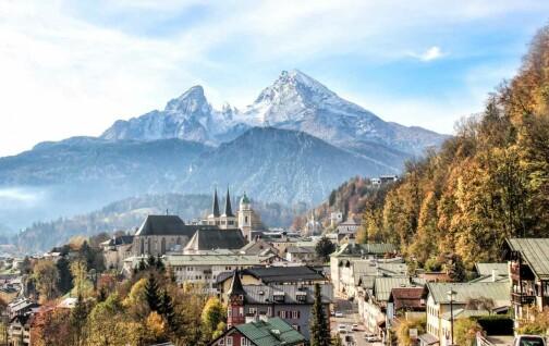 Tidlig sommer i vakre Salzburg og de bayerske Alpene