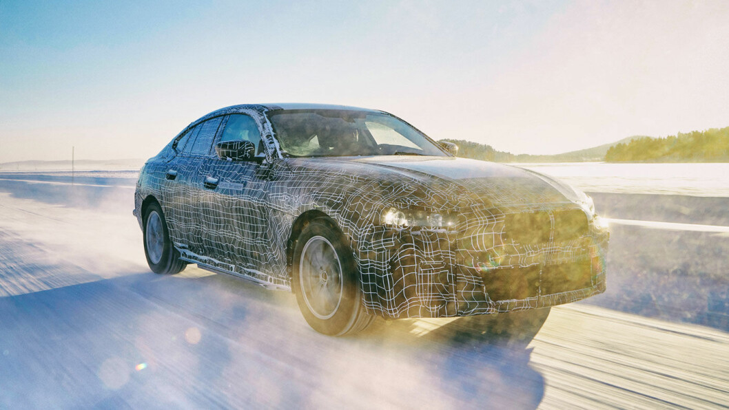 SE DEN SEDANEN: i4 kommer fra BMW i 2021 med 60 mil rekkevidde. Foto: BMW