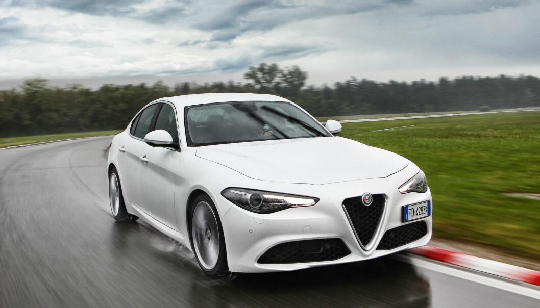 <b>BERØRT:</b> Lekre Alfa Romeo Giuila er en av mange modeller som kan være berørt av en varslet utslippsskandale i Fiat Chrysler-konsernet.