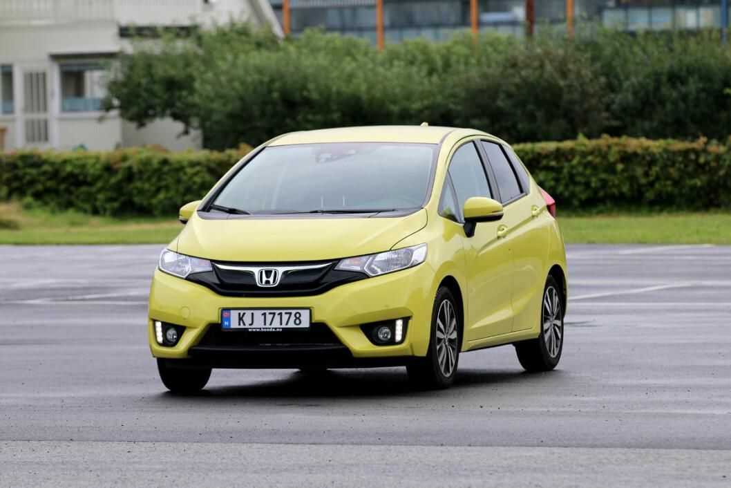 SUPER-PRAKTISK: En mer praktisk småbil enn Honda Jazz finnes ikke i dag. Foto: Andreas Handeland