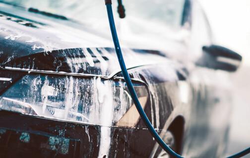 Nye lys på biler tvinger deg til å vaske oftere