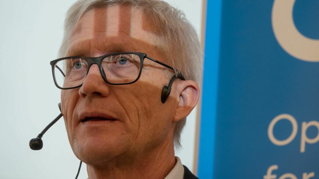 BIL I BRYSTET, BIL I PANNEN: Erik Andresen i Bilimportørenes Landsforening tror bilsalget løfter seg igjen til 150.000 biler i 2020. Foto: Peter Raaum
