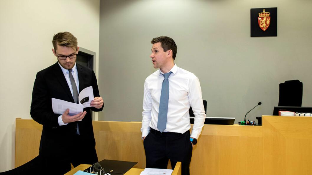 MOTPARTEN: Santanders leder for inkasso, Nils Danielsen (t.h.), møtte i tingretten sammen med sin prosessfullmektig, advokat Christoffer Baisgård.