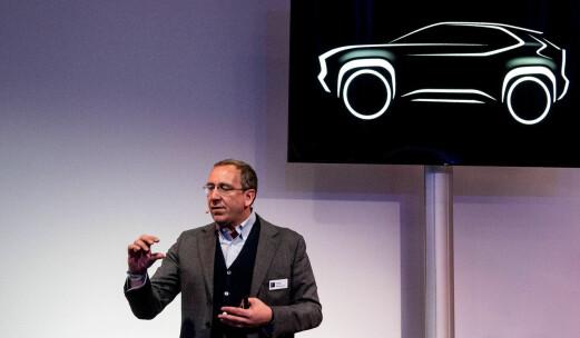 Toyota tror på storsalg av liten hybrid-SUV