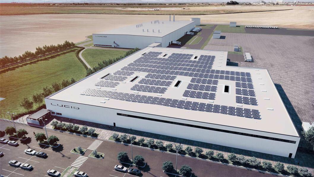UNDER BYGGING: Slik skal Lucid Motors-fabrikken i Arizona se ut når den er ferdig. Produksjonen skal etter planen starte opp på slutten av året og skal gi 4200 arbeidsplasser i området, ifølge investeringsplanen forelagt delstatsmyndighetene. Illustrasjon: Lucid Motors