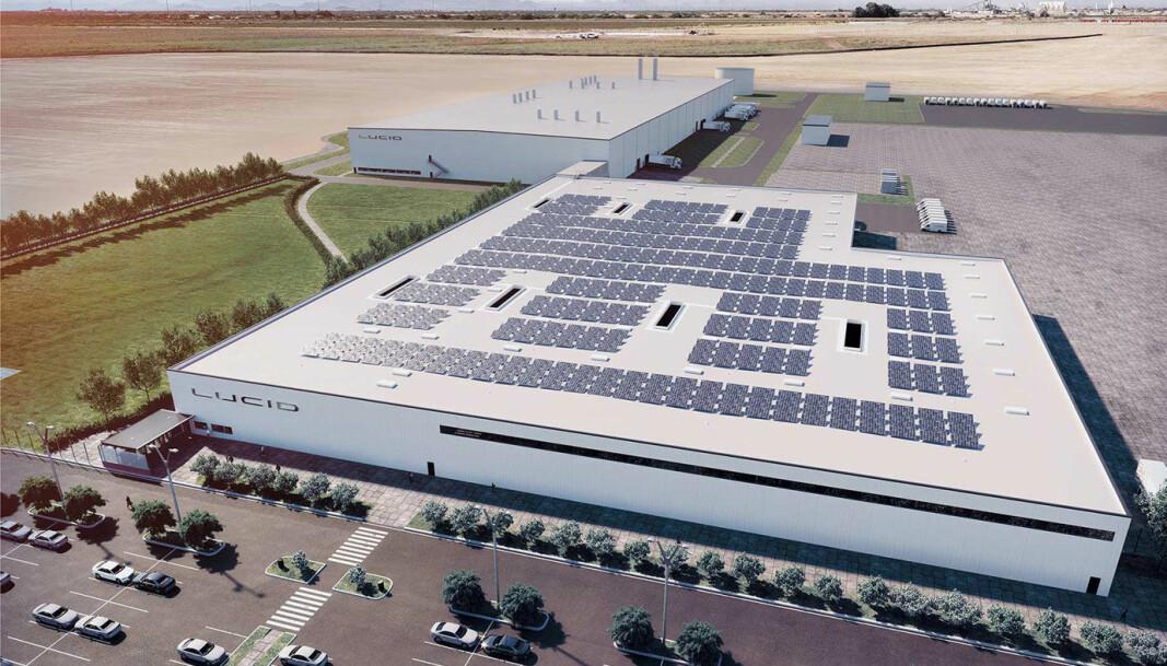 <b>UNDER BYGGING:</b> Slik skal Lucid Motors-fabrikken i Arizona se ut når den er ferdig. Produksjonen skal etter planen starte opp på slutten av året og skal gi 4200 arbeidsplasser i området, ifølge investeringsplanen forelagt delstatsmyndighetene.