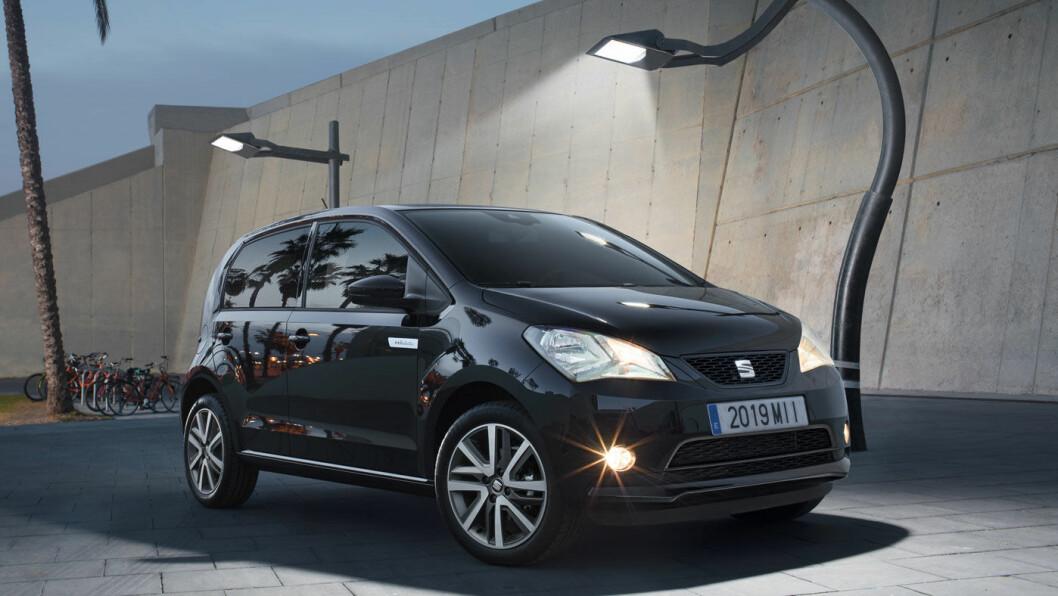 SEAT MII ELECTRIC: Batteri: 36,8 kWt. Rekkevidde 260 km. Pris fra 179.900 kroner.4WD: Nei. Tilhengerfeste: Nei.