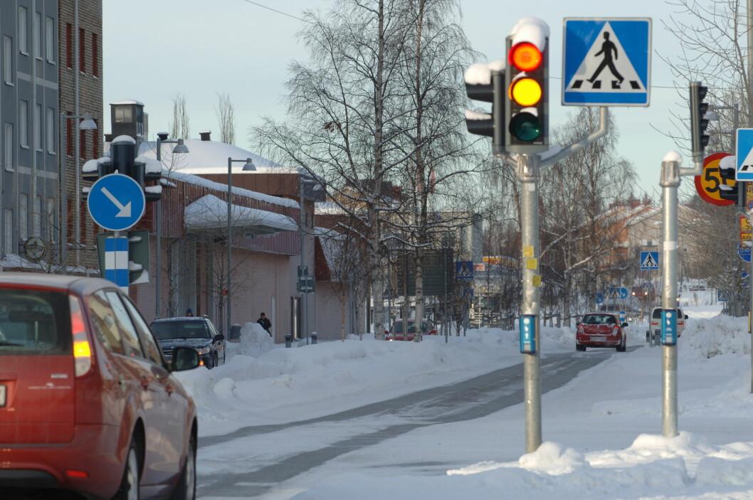 NULL DREPTE: Sverige vurderer nå å senke fartsgrensen fra 50 til 40 km/t i tettbygde strøk. Målet er null drepte i trafikken. Foto: Thomas Johansson